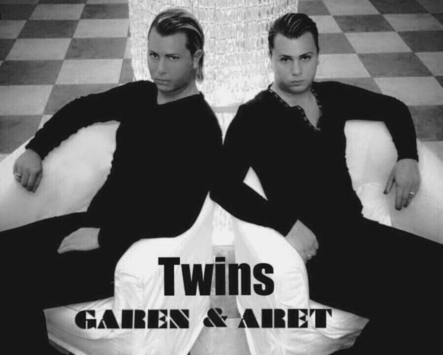 Aret & Garen